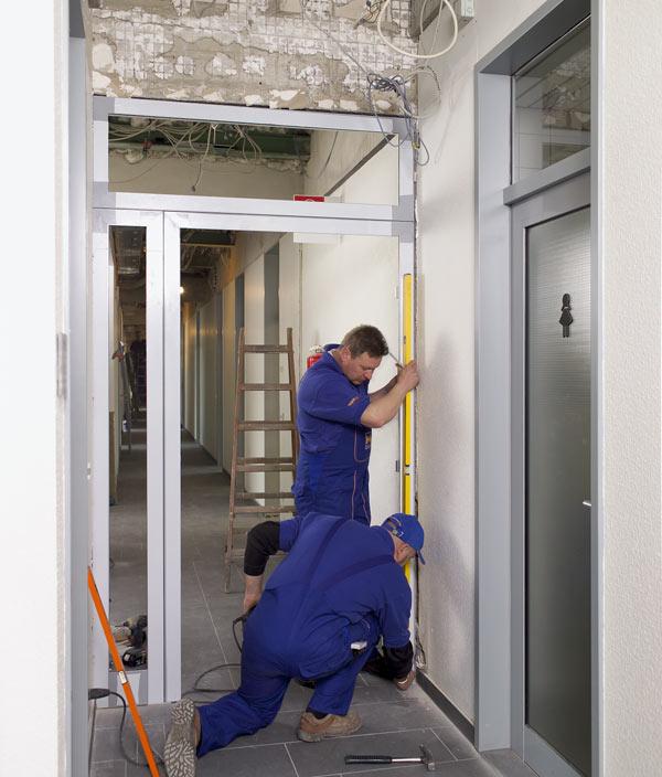 монтаж на врати